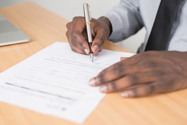 verifica el contrato que vas a firmar con la empresa de gas natural